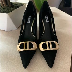 Dune London Black Heel. New With Tag (NWT)